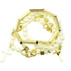 Pearl & Gold Stacking Bracelet